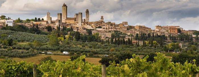 San Gimignano (Credit to trips2italy.com for this photo)